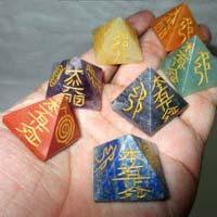 Seven Stone Chakra Reiki Set 01