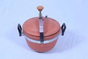 Terracotta Cooker
