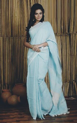 Linen Saree With Silver Zari Border 10