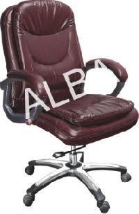 015 Low Back Revolving Chair