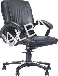 018 Low Back Revolving Chair