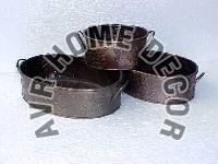 AVR-4023 Iron Planter