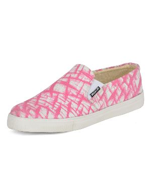 Printed Pink Ladies Sneaker