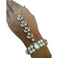 Elegant Hand Chain