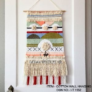 DSN 1552 Wall Hanging