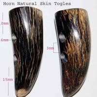 Horn Toggle Natural 02