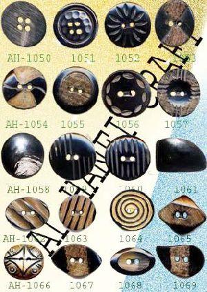 Fancy Horn Button 06