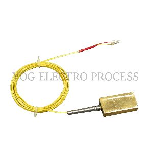 Thermocouple With Surface Plate