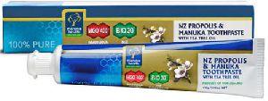 Manuka Health New Zealand Propolis & Manuka Toothpaste With Tea Tree Oil (100g)