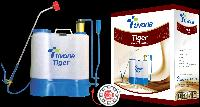Tivona Tiger Double Knapsack Sprayer