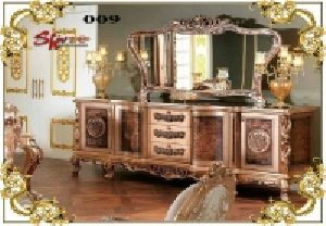 009 Wooden Dressing Table