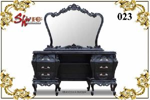 023 Wooden Dressing Table