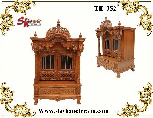 TE-352 Wooden Temple