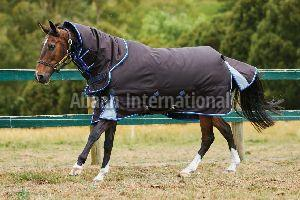 Horse Turnout Rug 04