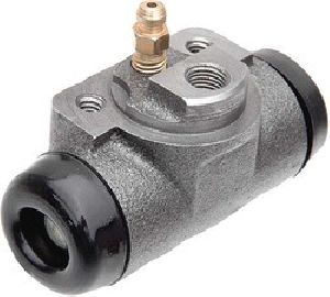 Atul Shakti 3 Wheeler Right Wheel Cylinder