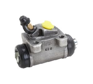 Bajaj GC-1000 3 Wheeler Left Wheel Cylinder