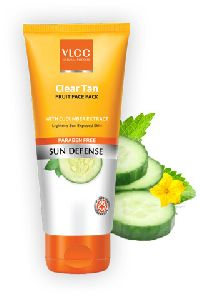 Clear Tan Fruit Face Pack