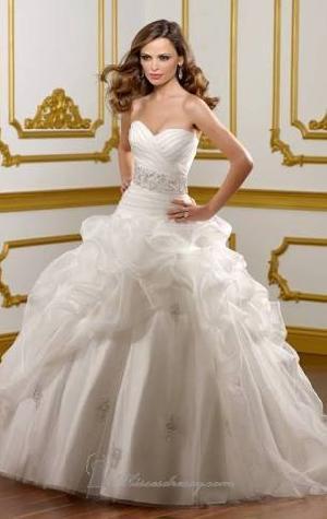 Christian Wedding Dress 18