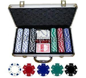 300 Pcs Diced Poker Chip Set Without Denomination
