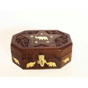 Wooden Jewellery Box 04