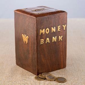 Wooden Money Bank 03