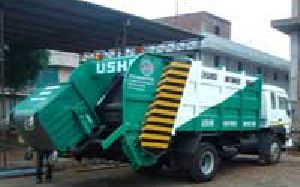 Refuse Compactors with Bin