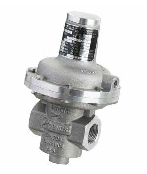 SL10 En Safety Relief Valves