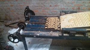 Cashew Nut Cutting Machine 02