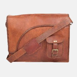 "15"" Leather Messenger Bag For Men And Women"
