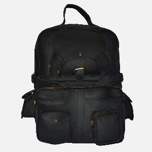Large Black Leather Rucksack With Multiple Pockets Coburn 04