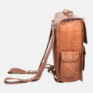 Mens And Womens Handmade Leather Rucksack Bellinger 02