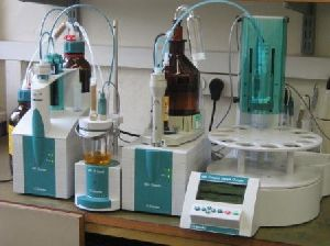 Laboratory Chromatography Apparatus