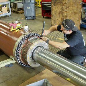 Hydraulic Cylinder Repairing Work