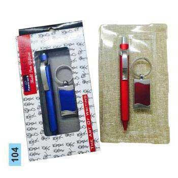 104 Pen & Keychain Gift Set