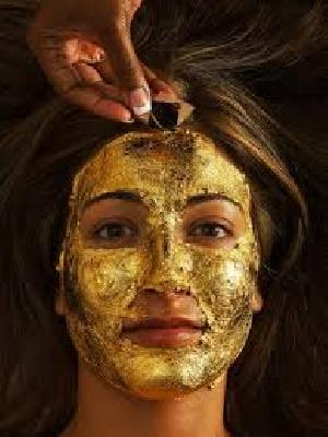 Gold Facial Face Pack With Aloe Vera