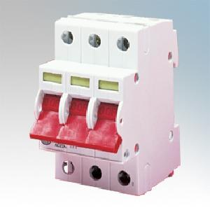 Three Pole Isolator