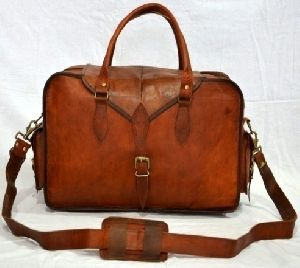 PH028 Leather Messenger Bag