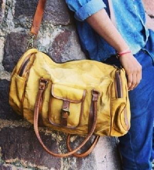 PH090 Canvas Mix Leather Duffle Bag