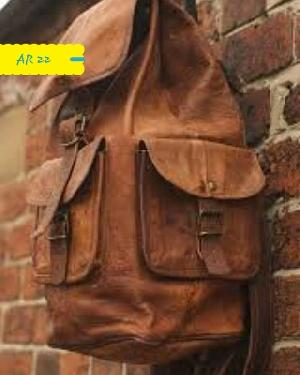 AR 22 Leather College Bag