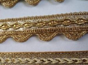Golden Border Saree Laces 11