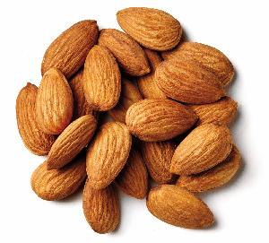 Unblanched Almond Nuts