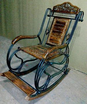 Wooden Rocking Chair 02