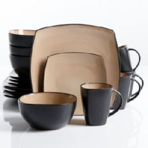 Plastic Dinner Set 02
