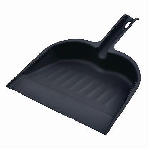 Plastic Dust Pan 03