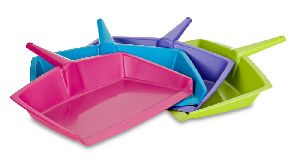 Plastic Dust Pan 05