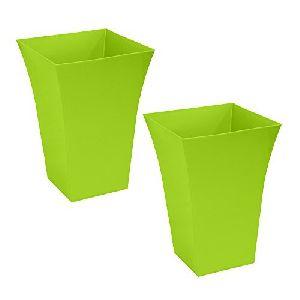 Plastic Planter 01