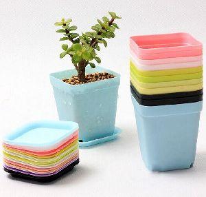 Plastic Planter 06