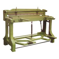 CI Body Treadle Shearing Machine