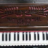 Portable 3 Line 9 Scale  Harmonium With Coupler - 3