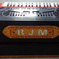Portable 3 Line 9 Scale  Harmonium With Coupler - 5